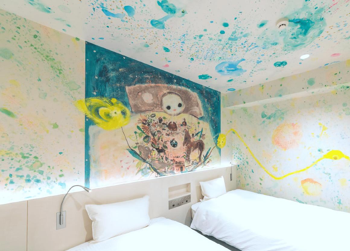 アートステイなんばの一室、「ななしのながめの部屋」の写真